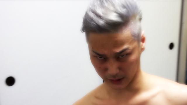 頭皮がマジヤバイおっさん4人の散髪動画