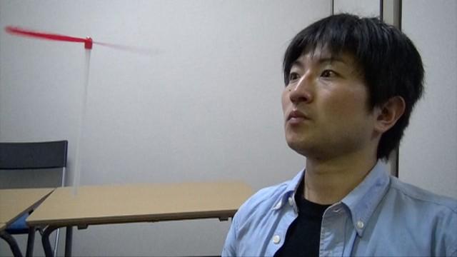 【真顔なめらかスロー撮影】竹とんぼ